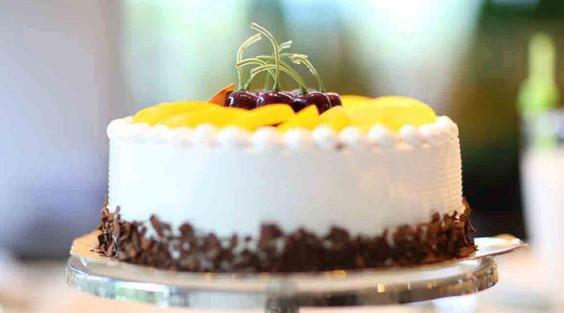 белый торт с персиками рецепт