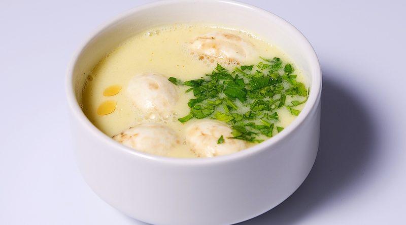 Суп с курицей и кокосовым молоком