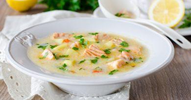 Суп с сыром и рыбой